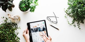 Seniors Lifestyle Magazine Talks To Online Shopping