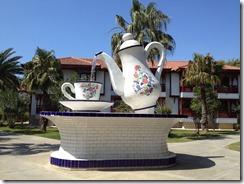 teacup fountain further away