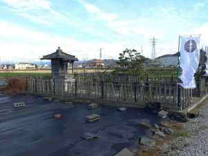 大谷吉継の首塚(米原)
