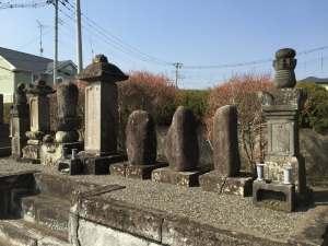 小幡景憲の墓