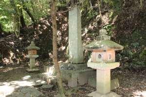 吉川広家の墓