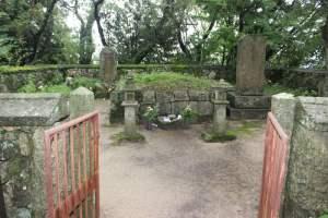 高橋紹運の墓(胴塚)