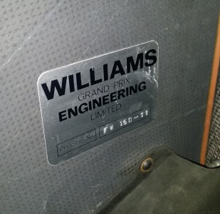 The chassis plate on the FW15D-11
