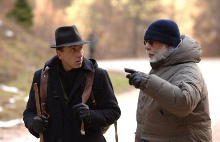 "Francis Ford Coppola (Rechts) dreht ""Youth without Youth"" mit Tim Roth"