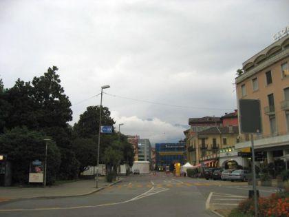 Wolken über der Piazza Grande in Locarno (c) sennhauser