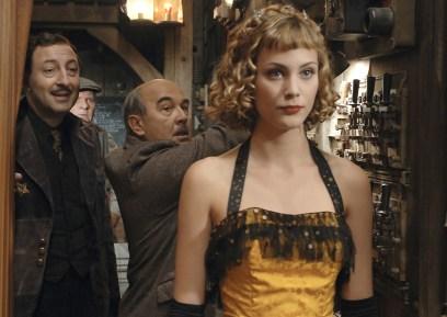 """Nora Arnezeder in """"Faubourg 36"""""""