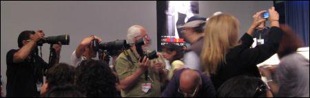 Die PK-Foto-Meute in Cannes ©sennhauser