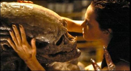 Mutter und Kind in Alien Resurrection