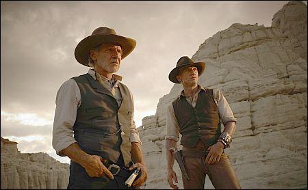 Auf der Piazza Grande: Harrison Ford und Daniel Craig in 'Cowboys & Aliens' ©UPI Switzerland