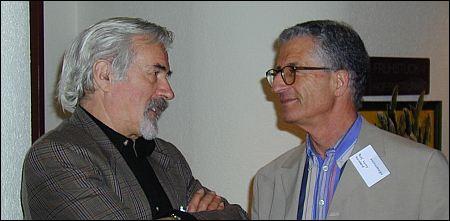 Rolf Lyssy (rechts) im Gespräch mit Kameramann Fritz Mäder im Jahr 2000 copy sennhauser