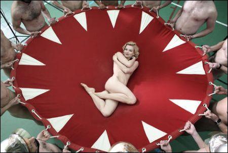 Sophie Quinton in 'Poupoupidou' ©filmcoopi