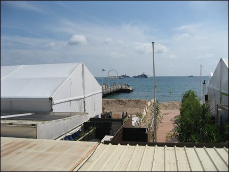 Cannes Beach Dams 2013