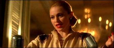 Madonna in der Titelrolle als Evita 1996