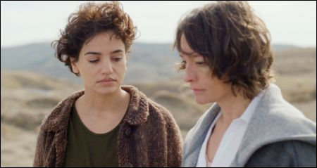Dorotheea Petre, Elina Löwensohn: 'Le miracle de Tekir' © filmcoopi