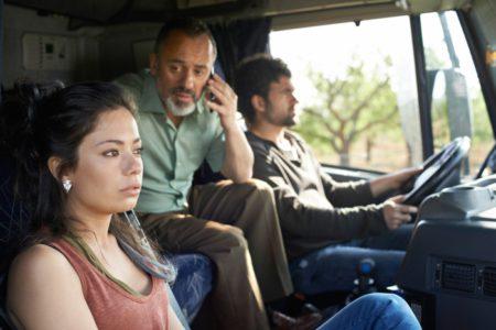 Anna Castillo, Javier Gutiérrez und Pep Ambròs in 'El Olivo' © filmcoopi