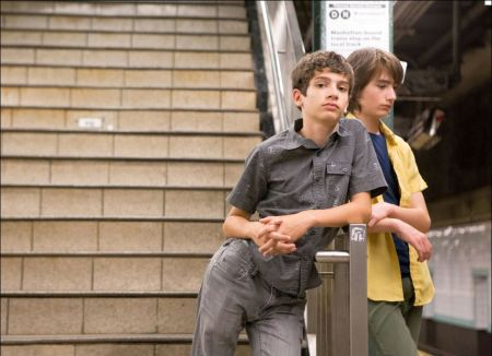 Michael Barbieri und Theo Taplitz in 'Little Men' © Look Now