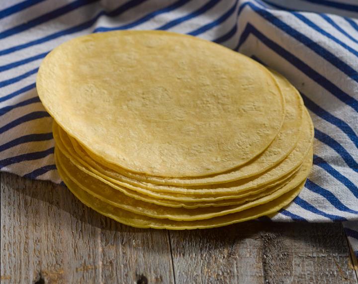 fresh 6˝corn tortillas