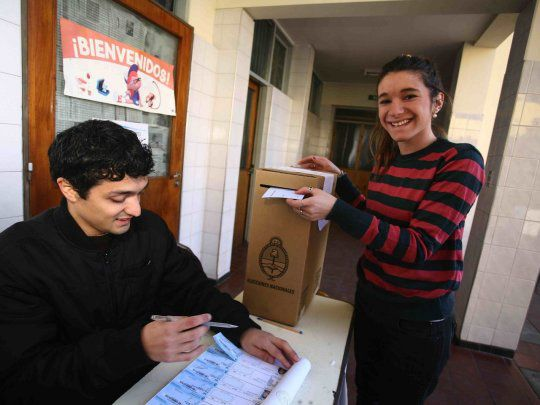 El voto joven en pandemia, una cuestión que atraviesa realidades contrapuestas