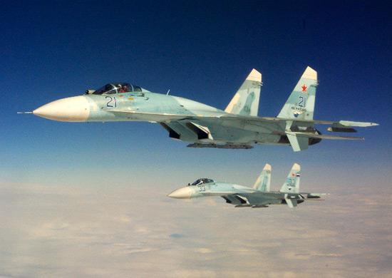 Российские Су-27 перехватили американский стратегический бомбардировщик