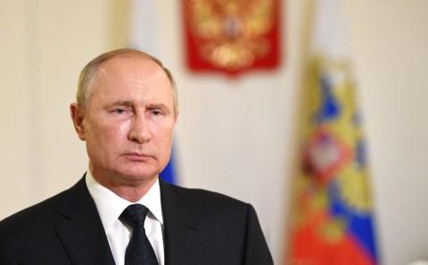Новость про выдвижение Путина на премию мира «немного» опоздала