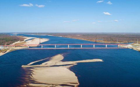 На Ямале в октябре запустят движение по мосту через реку Пур