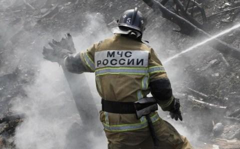 Омские пожарные около сотни раз в сутки выезжают на экстренные вызовы