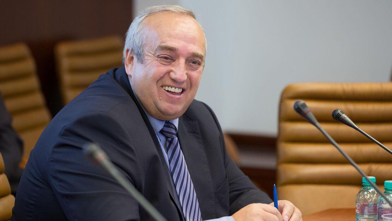 Клинцевич прокомментировал свой уход из Совета Федерации