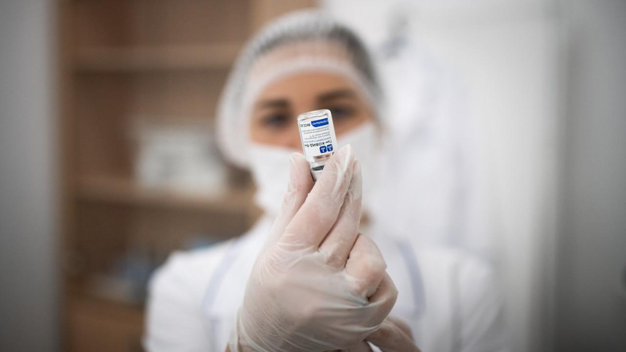 Второй этап вакцинации от коронавируса пройдет возле 25 МФЦ в Подмосковье