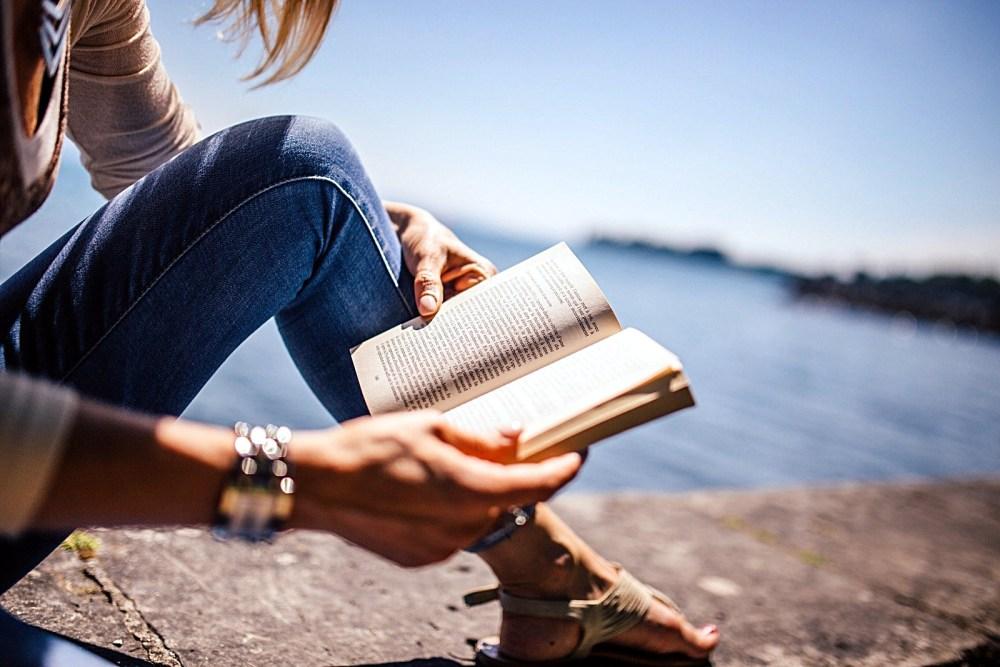 Книги для весеннего настроя. ТОП-3 от Дарьи Живолуп