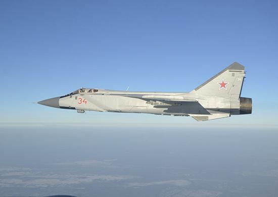 Российский истребитель перехватил самолёт США над Тихим океаном
