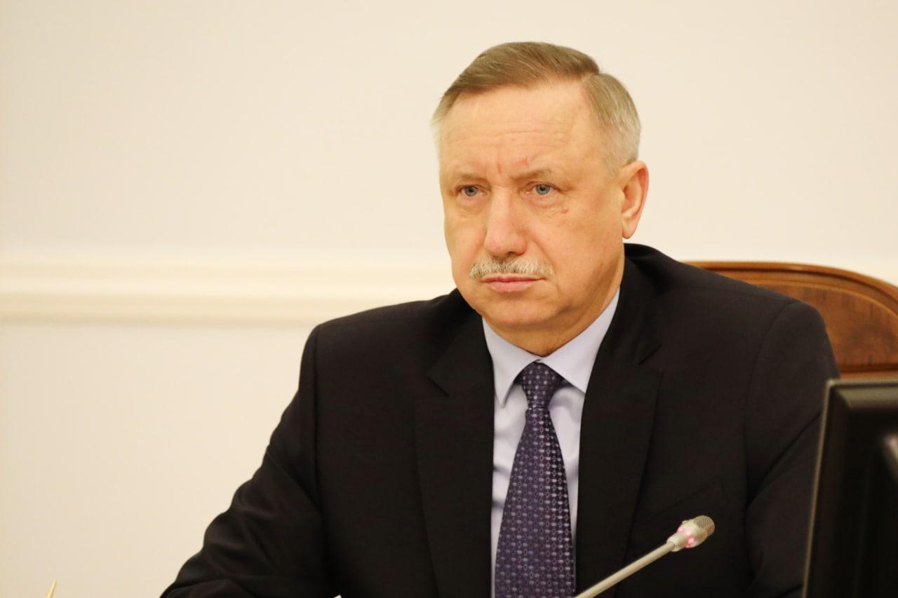 Губернатор Петербурга парировал вопросы «макаровских» депутатов ссылками на закон