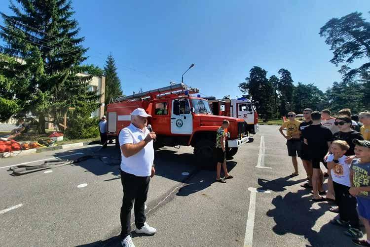 В Белгородской области дети приняли участие в пожарных учениях