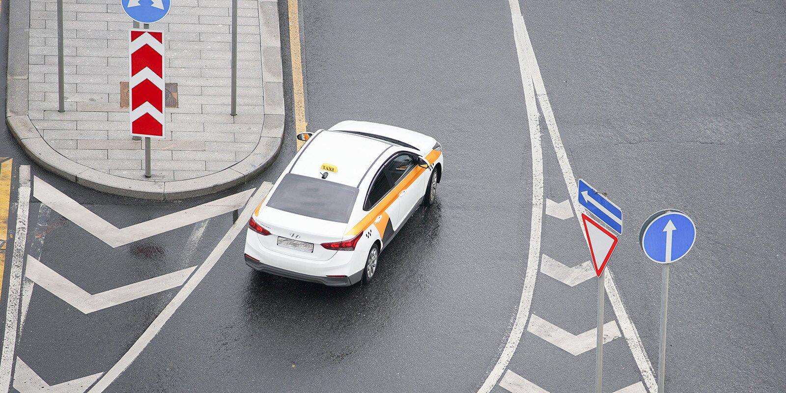 В столице закупили новые автомобили для такси и каршеринга