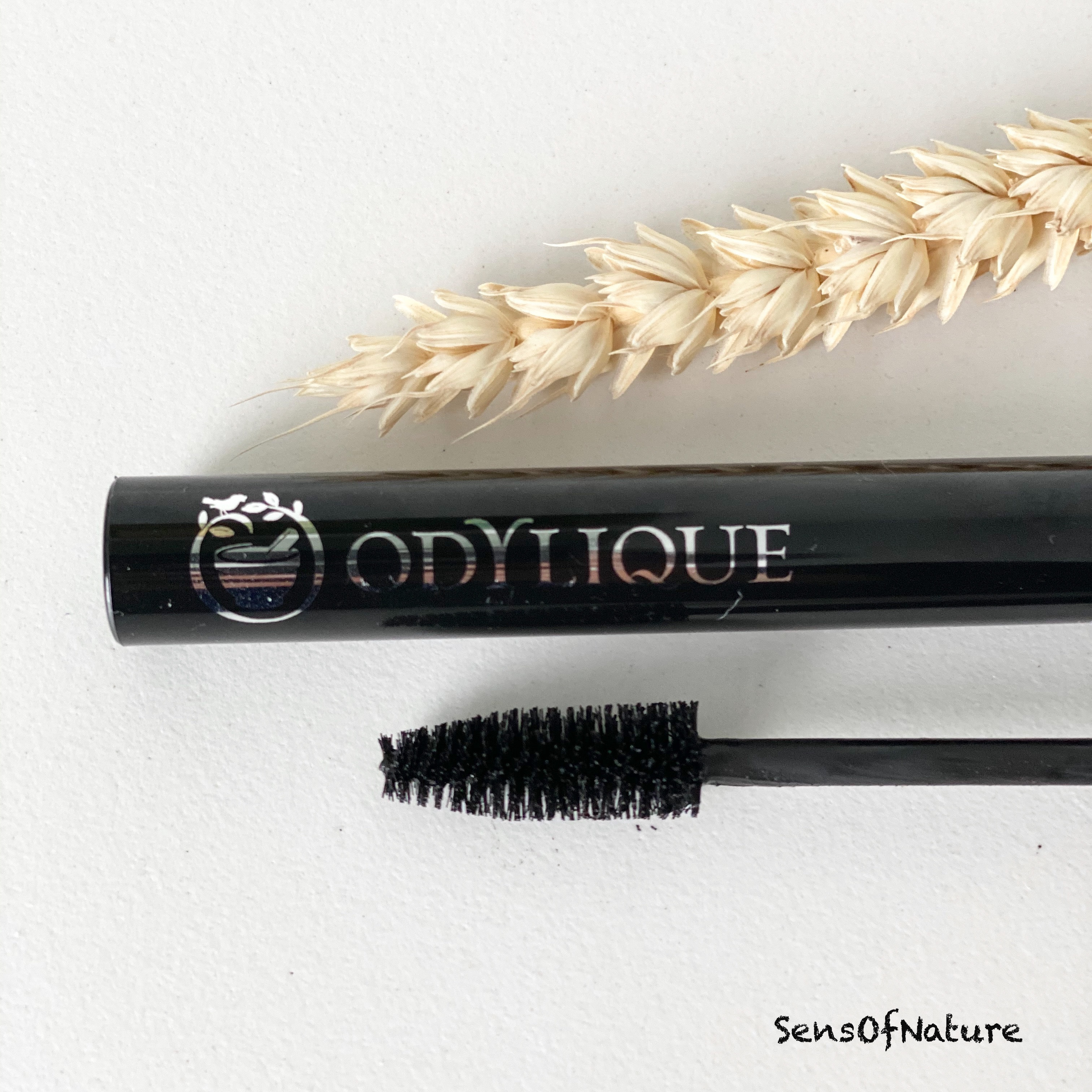 mascara odylique