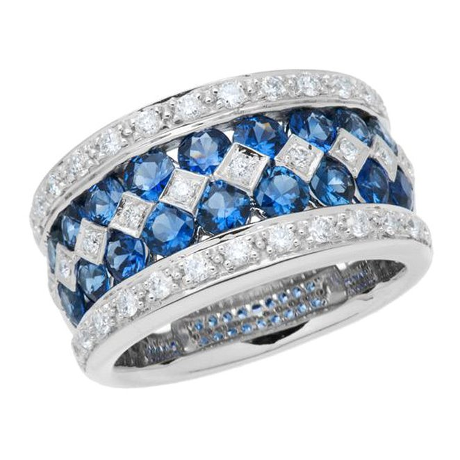 Amoro 18kt White Gold Exquisite Sapphire and Diamond Ring (0.53 cttw, H-I Color, SI 1-2 Clarity)
