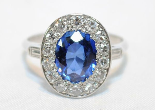 Vintage 3.0 Ct Sapphire and Diamond Platinum Ring