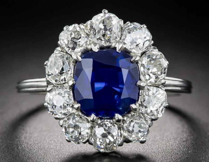2.00 Carat Natural No-Heat Sapphire, Platinum and Diamond Ring