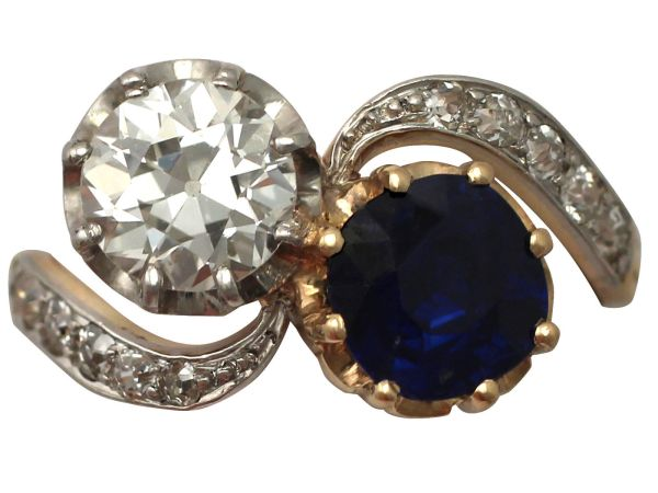 1.55 ct Sapphire and 1.34 ct Diamond, 18 ct Yellow Gold Twist Ring - Antique