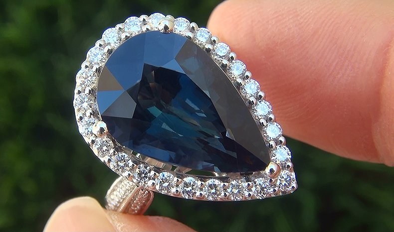GIA 9.73 ct UNHEATED Natural VVS Blue Sapphire Diamond 18k White Gold Ring