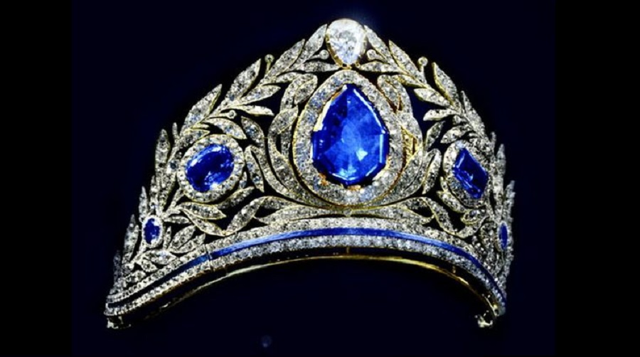 A spectacular diamond and sapphire tiara