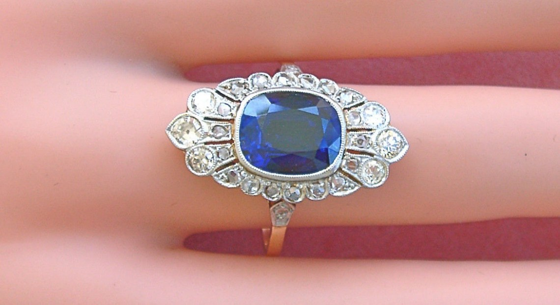 ANTIQUE DECO .75ctw DIAMOND 4ct BLUE SAPPHIRE PLATINUM COCKTAIL RING 1930
