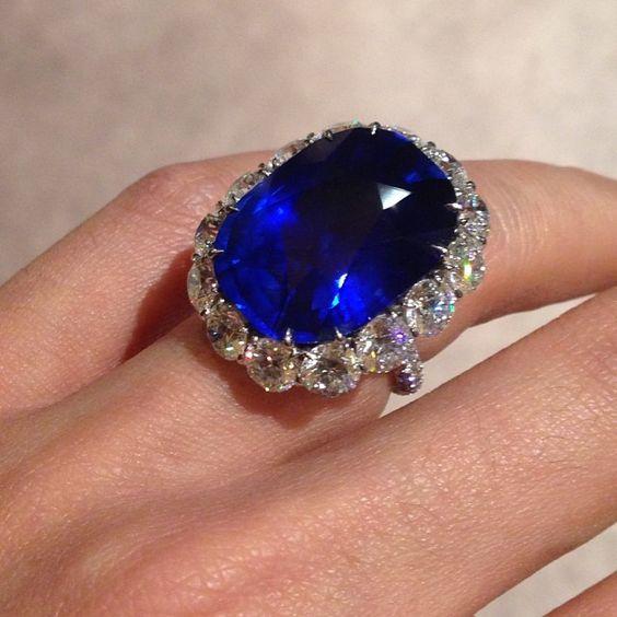 Leviev Burma Sapphire 30.72 Carats