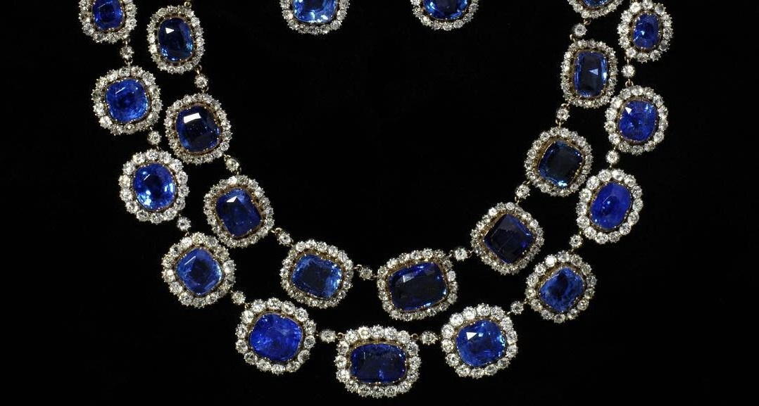 19th century diamond and sapphire necklace and earrings from the Victoria & Albert Museum