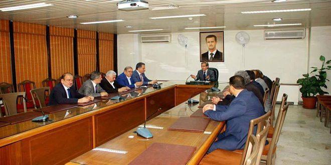 sensyria - وزير الاقتصاد