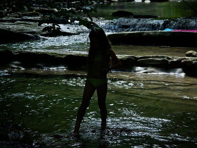 Giocando nel torrente