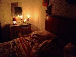 Le candele sul mobile del bacile