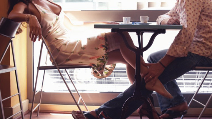 mulher-seduzindo-homem | SentimentoCoaching.com