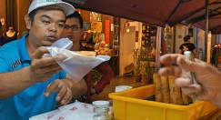 Melaka Friday night street market 8