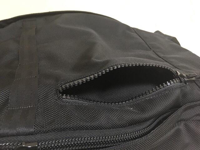 程よいサイズのバックパック「NEW ERA デイパック」レビュー!サイズ感・使用感を紹介!