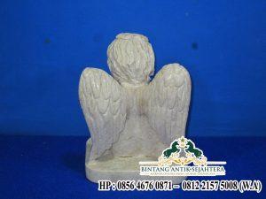 Sedia Patung Malaikat Bersayap